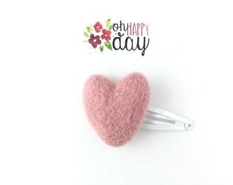 Pink heart, Girls hair clip, Pink heart clip, Heart snap clip, Hearts, Toddler hair clip, Pink hair clip, Baby hair clip, Felted heart