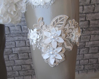 Beige Lace Wedding Garter/ Champagne Lace Floral garter,weddings garter, bridal garter