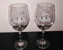 Batman Mr & Mrs Wine Glasses  - Hand Etched Wine Glasses - Batman Wedding Glassware - Batman Wine - 21 oz large wine glasses