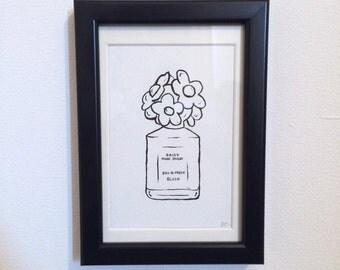 FRAMED - Marc Jacobs Perfume Bottle
