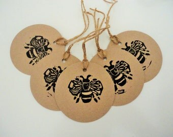 Gift Tags - Pack of Gift Tags - Tags - Gift Wrap - Bee - Bumble Bee - Bumble Bee gift tag - Bee tags - kraft tags - linocut tags - handmade