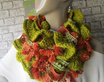 Green Crochet ruffle scarf/  lariat scarf ,Ruffle scarf, Women Scarves, Fashion Scarf, women accessories, Gift İdeas, Trendy Scarf