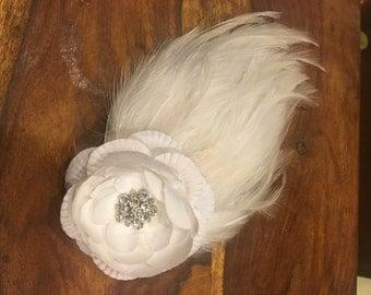 Feather hair clip