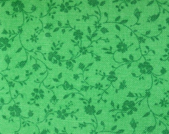 "Calico Floral Fat Quarter 100% Cotton Fabric 18"" x 22"" - Green # 25"