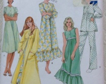 Simplicity nightgown sewing pattern in 2 lengths pajamas and robe