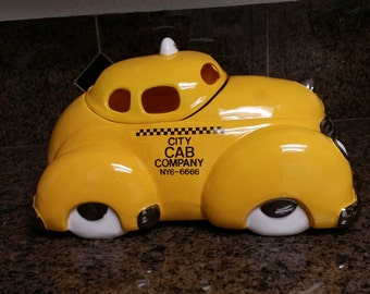 NYC City Cab Company Taxi Cab Cookie Jar NYC6-666