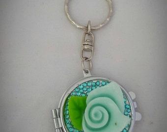 Small Blue flower circle mirror keyring