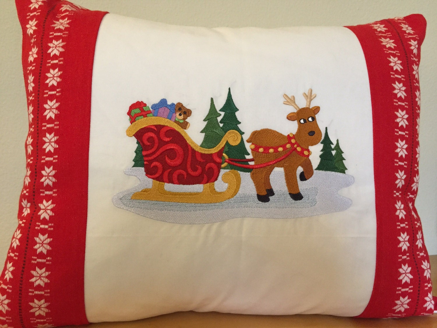 Scandinavian Christmas Pillow : CHRISTMAS Pillow Vintage Scandinavian Linen Holiday