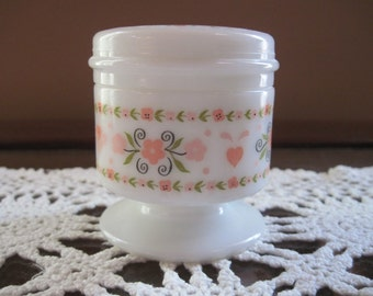 Avon Hearts and Flowers Milk Glass Item #1320