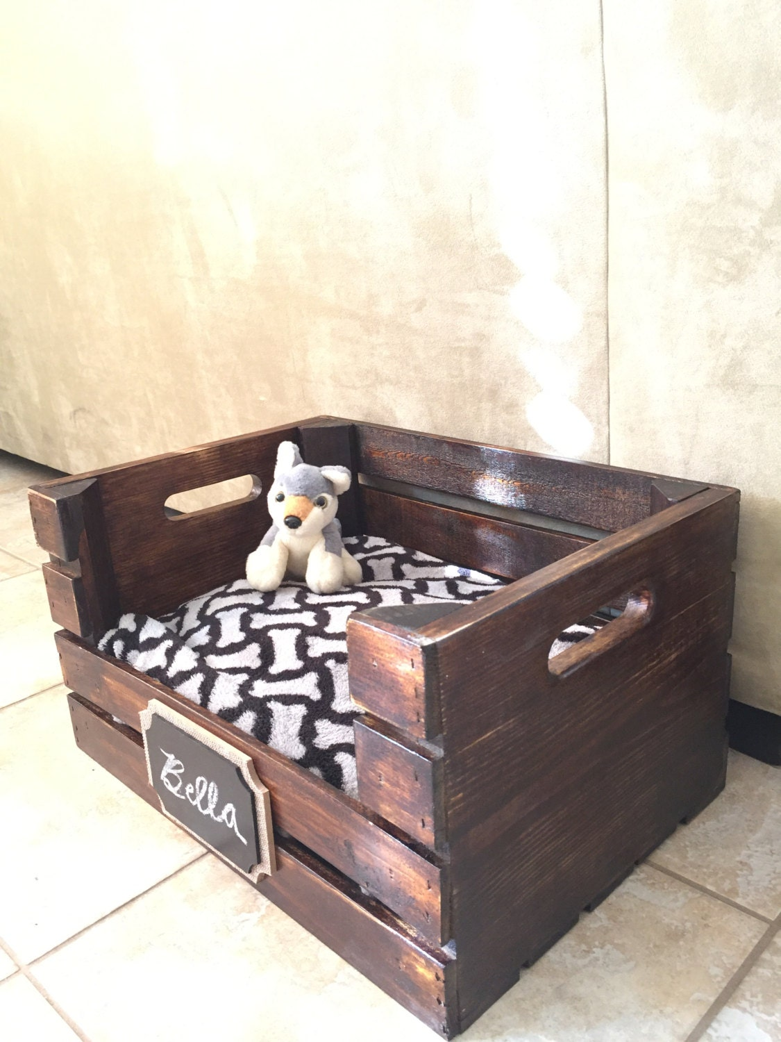 Wooden dog bed wine crate dog bed for small dogs free for Small wine crates