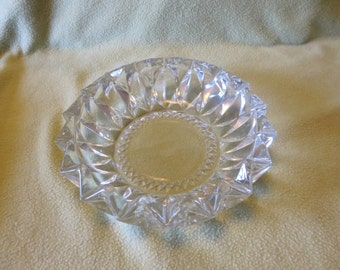 Kig Indonesia Pressed Glass Diamond Pattern Ashtray