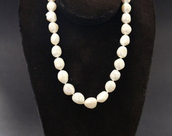 """Beautiful Large Freshwater Pearls Cream White String Necklace Rainbow Highlights Sterling 17"""""""