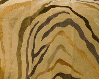 BEACON HILL Kilimanjaro Jacquard Embroidered Linen Fabric 5 Yards Platinum