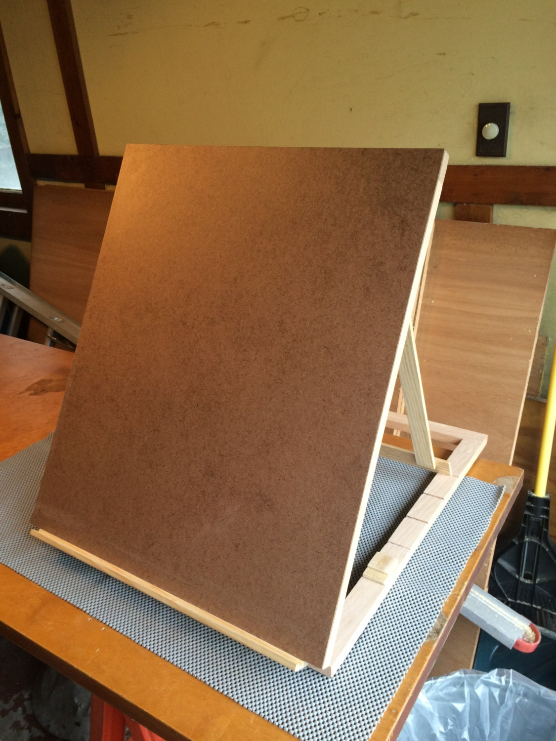 Table top drawing easel -  80 00