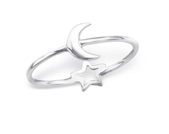 SALE Sterling silver crescent moon and star reversible ring SALE