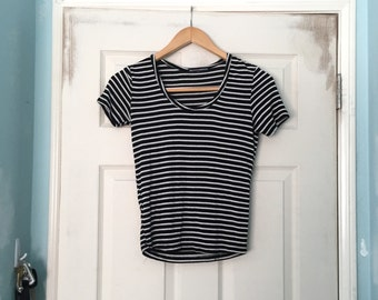 Brandy Melville thin short sleeve tee black and white stripe cotton