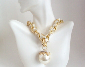 Chunky Gold Chain with Big Pearl, Gold Chain with Pendant, Dangling Pearl Pendant Necklace, Inspired by Empire Show