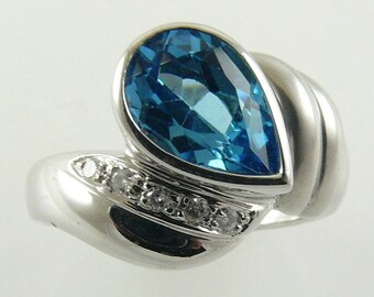 Blue Topaz 2.04ct Ring 14k White Gold & Diamonds