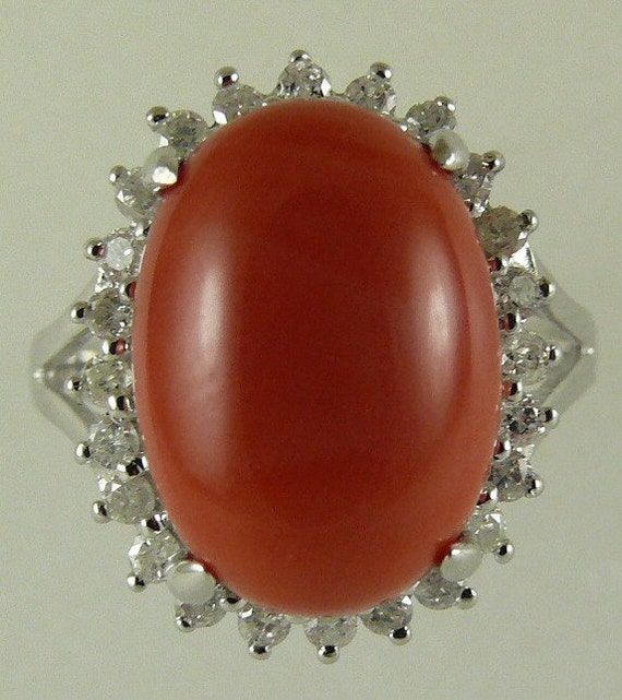 Coral Ring 14k White Gold and Diamonds 0.34ct