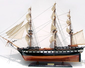 "35"" USS Constitution Ship Model by master craftsmen"