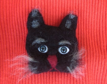 Felted brooch cat, Black cat woolen brooch, black cat brooch, animal brooch, Felted Cat brooch, Black Cat brooch Felted, woolen Cat brooch