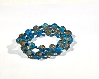 Bracelet of Crackle glass beads with elastic