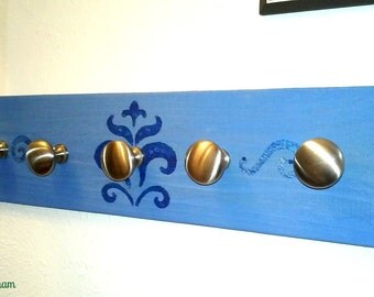 Wooden Necklace Rack