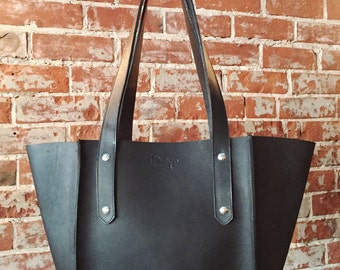 The Small Seamed Tote - Black leather