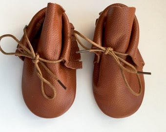 Size 5 Leather Boot Moccasins, Tan Suede, Boot Moccasins, Baby Moccasins, Fringe Moccasins, Brown, Toddler Moccasins, Handmade Moccasins