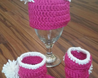 Custom Crochet, Knit Pom Pom Hat and Bottie Set