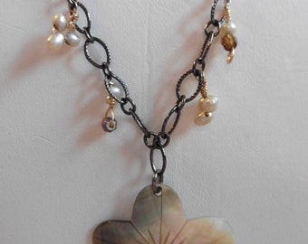FREE SHIPPING!- Abilone Shell And Freshwater Pearl Necklace