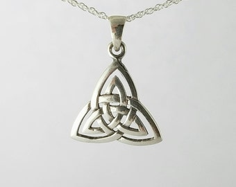 Celtic Trinity Necklace~Celtic Knot Necklace~Silver Trinity Knot~Celtic Triquetra~Knotted Necklace~Celtic Mens Jewelry~Gift for Wife