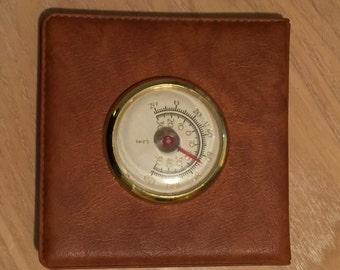 Barometer, Desk
