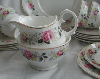 Vintage Mayfair Rosebud Design Fine Bone China Sugar Bowl Milk Jug/Creamer