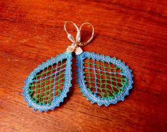 Lace blue and emerald green earrings