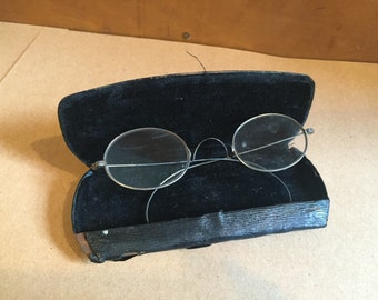 Antique Spectacles Glasses Eyewear with Case