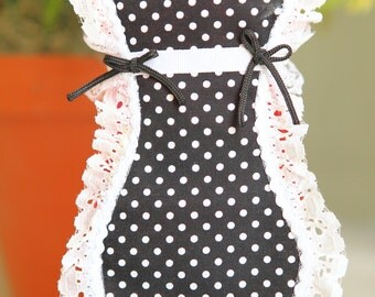 Classic Black and White Dish Soap Apron