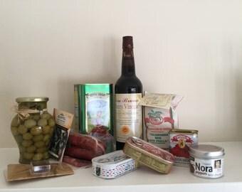 Spanish Pantry Essentials Gift Box