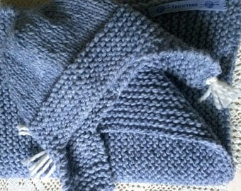 Baby blanket and hat in light blue
