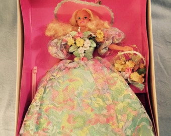 1995 Spring Bouquet Limited Edition Barbie