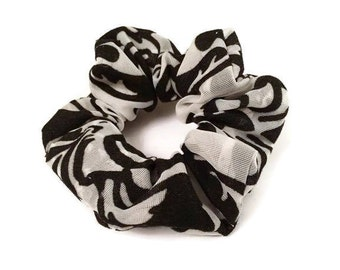 Black and White Damask Scrunchie