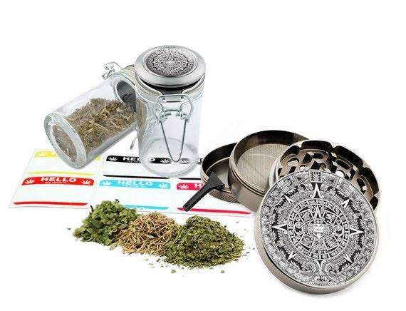 "Aztec - 2.5"" Zinc Alloy Grinder & 75ml Locking Top Glass Jar Combo Gift Set Item # G50-82515-8"