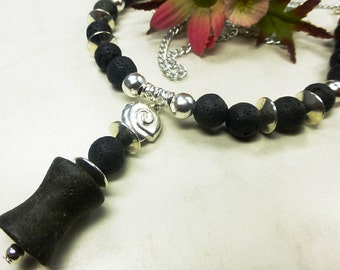 Long necklace with black lava