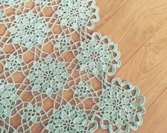 CROCHET Flower Motif Table Runner / Table Doily