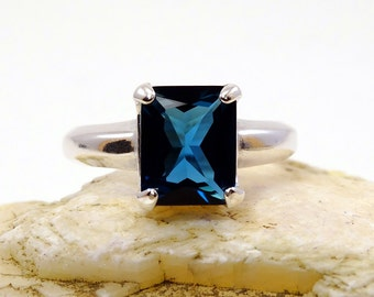 London topaz ring, ring topaz, sterling silver topaz ring, london topaz ring, london dark blue, ring size 8