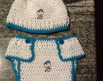 Nappy cover and beanie
