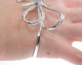 Ribbon Hand Bracelet