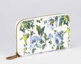 Oilcloth Zip around Wallet - Blue Peony - Oil cloth ladies purse - Ladies Zip wallet - Coin purse - Laminated cotton - Fits an Iphone Plus