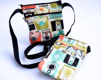 Retro Camera Sling Purse/ Multi-Colored/ Vintage Camera Print/ Mid Century/ Travel Bag/ Retro Cross Body Purse/ Hobo Purse