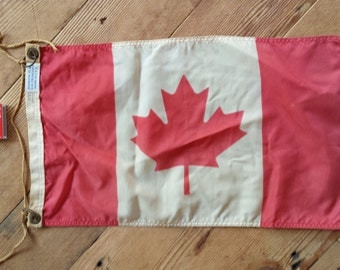 Vintage yachting pennant/flag